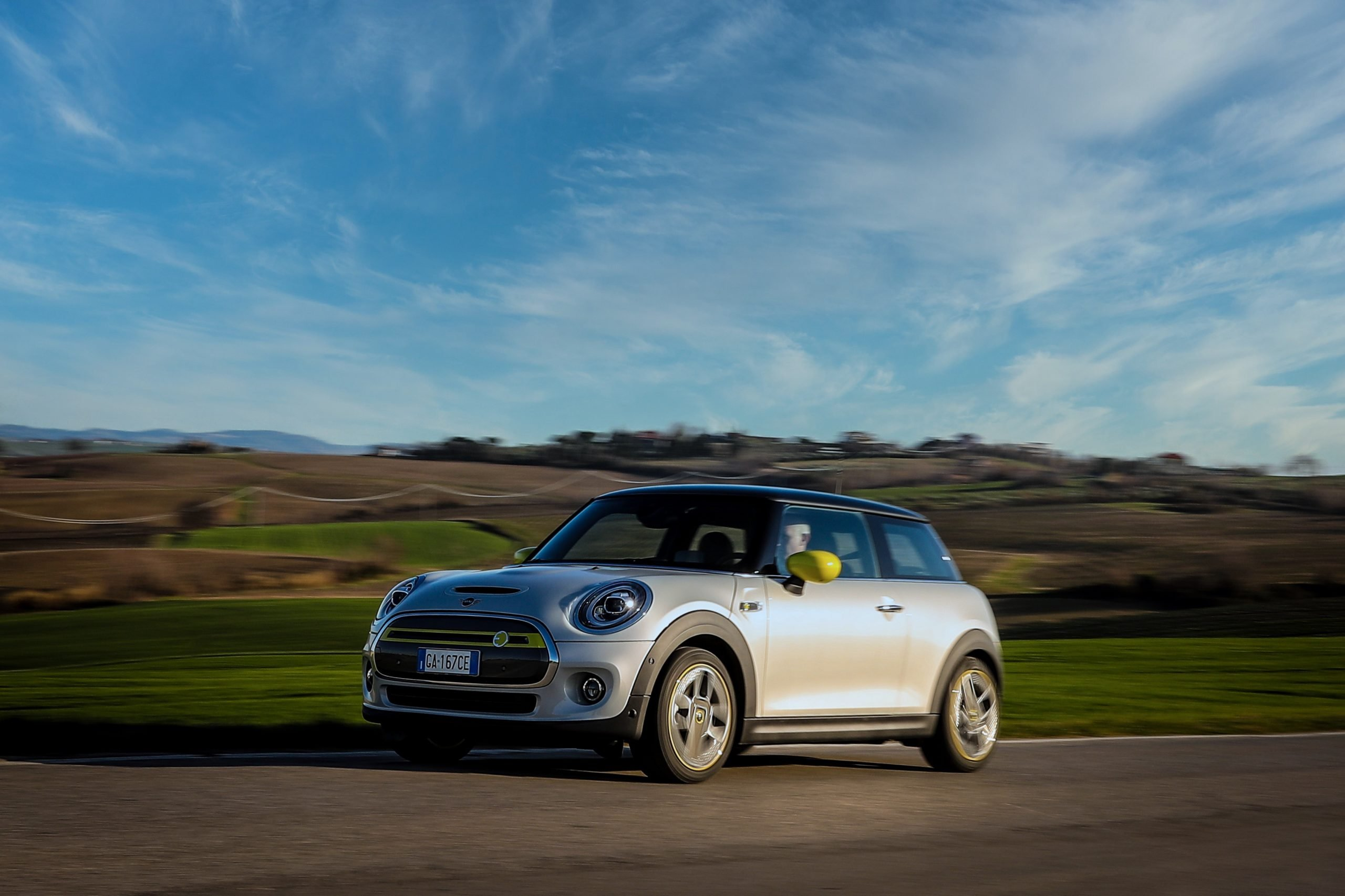 Nuova Mini Full Electric